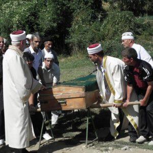 Погребението на загиналият Мустафа Кьосов
