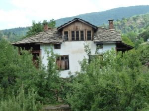 Родната къща на баща ми